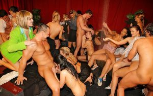 swingerklub swinger party